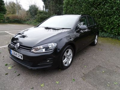 Volkswagen Golf 1.6 TDI 105 Match 5dr DSG Hatchback Diesel Black at 1st Choice Motors London
