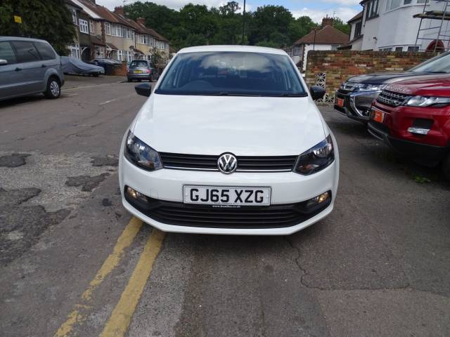 Volkswagen Polo 1.0 S 5dr [AC] Hatchback Petrol White