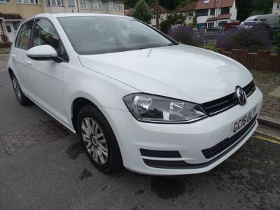 Volkswagen Golf 1.4 TSI 125 S 5dr DSG Hatchback Petrol White at 1st Choice Motors London