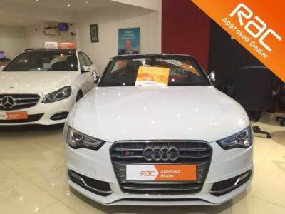 Audi A5 3.0 S5 Quattro 2dr S Tronic Convertible Petrol WhiteAudi A5 3.0 S5 Quattro 2dr S Tronic Convertible Petrol White at 1st Choice Motors London