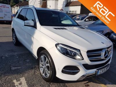 Mercedes-Benz Gle 2.1 GLE 250d 4Matic Sport 5dr 9G-Tronic Estate Diesel White at 1st Choice Motors London
