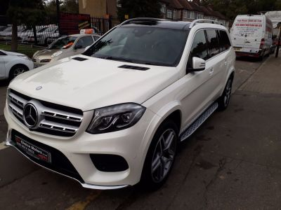 Mercedes-Benz Gls 3.0 GLS 350d 4Matic AMG Line 5dr 9G-Tronic Estate Diesel White at 1st Choice Motors London