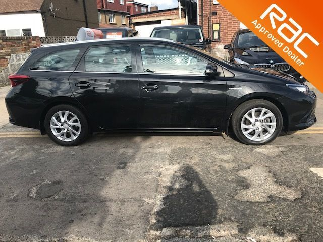 2016 Toyota Auris 1.8 Hybrid Business Edition TSS 5dr CVT