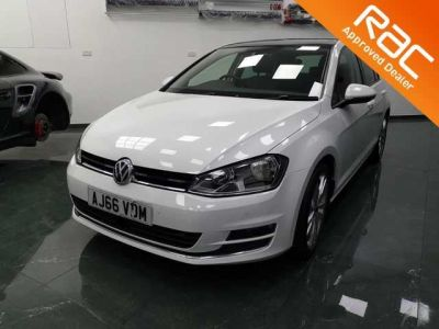 Volkswagen Golf 1.4 TSI 150 GT Edition 5dr Hatchback Petrol White at 1st Choice Motors London