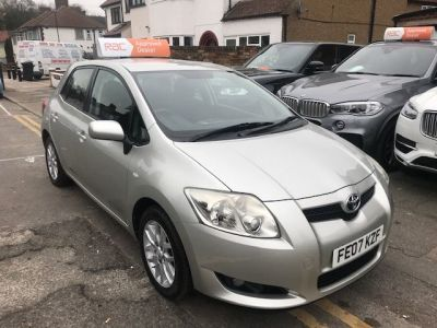 Toyota Auris 1.6 VVTi T3 5dr Hatchback Petrol Silver at 1st Choice Motors London