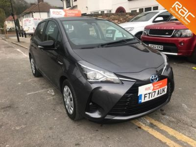 Toyota Yaris 1.5 Hybrid Active 5dr CVT Hatchback Petrol / Electric Hybrid Grey at 1st Choice Motors London