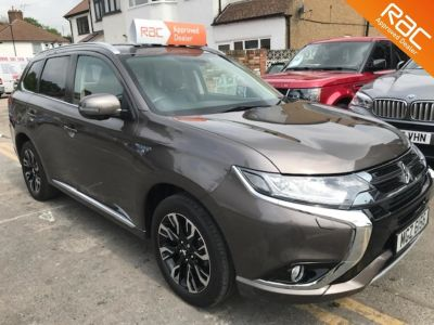 Mitsubishi Outlander 2.0 PHEV GX4h 5dr Auto Estate Hybrid Brown at 1st Choice Motors London