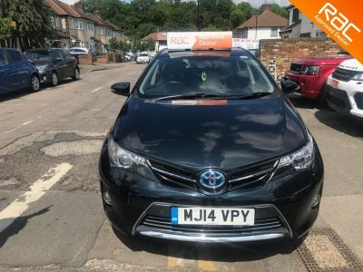 Toyota Auris 1.8 VVTi Hybrid Excel 5dr CVT Auto Hatchback Petrol / Electric Hybrid Grey at 1st Choice Motors London